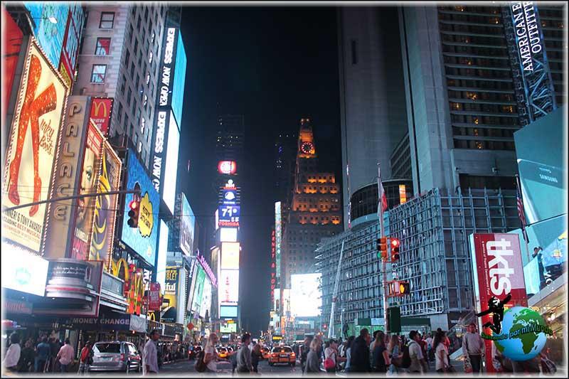 Día 1 en New York. Llegada a New York y primer contacto con Times Square.