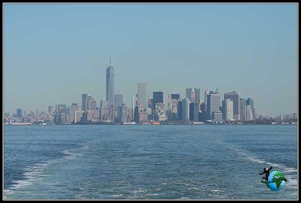 Distrito Finaciero desde el Ferry gratuito