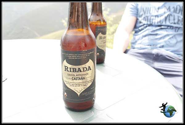 Cervezas de Castaña a la salida de las Galerías de Orellán