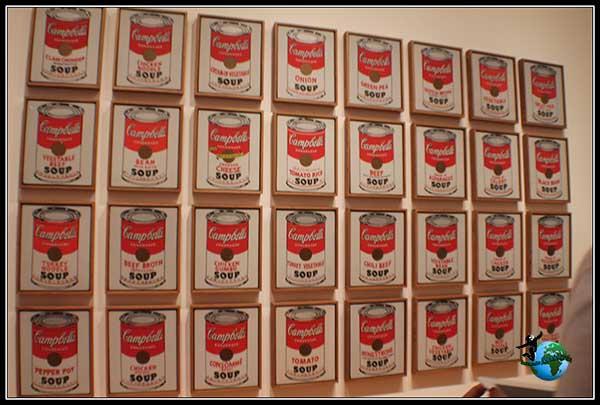 Cuadro de 32 latas de sopa Campbell de Warhol en el Moma de New York