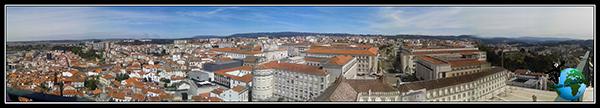Vista panorámica desde la Torre de la Universidad en Coímbra.