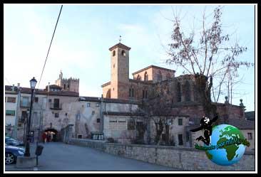 Qué ver en Sigüenza. Catedral de Sigüenza desde la Puerta del Toril
