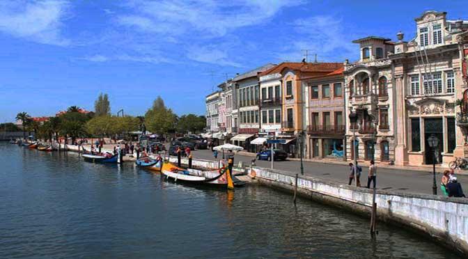 Día 4 Oporto: Costa Nova, Aveiro y vuelta a casa