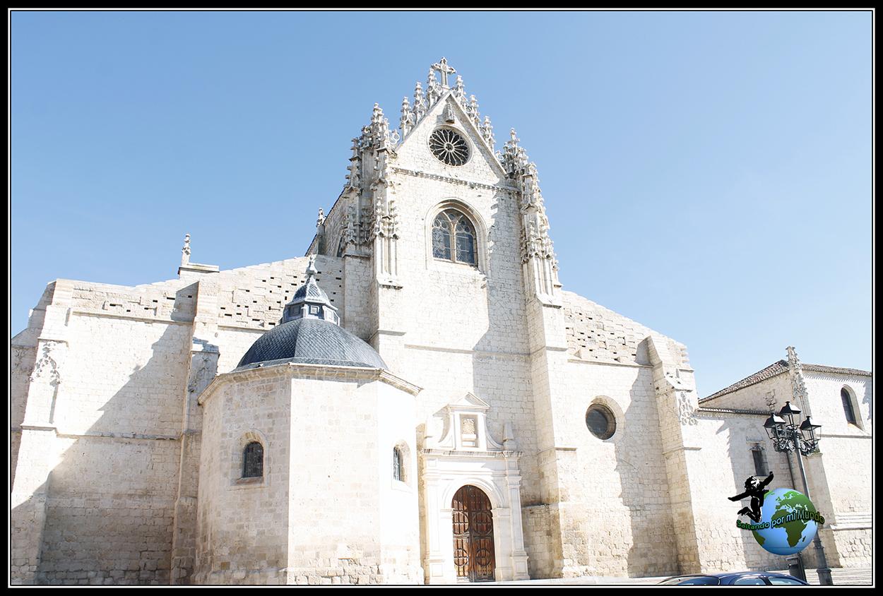 Vista desde plaza de san Antolín de la Catedral de Palencia.