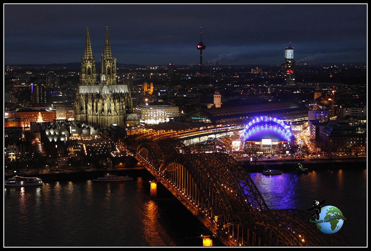 Catedral de Colonia desde Köln Triangel