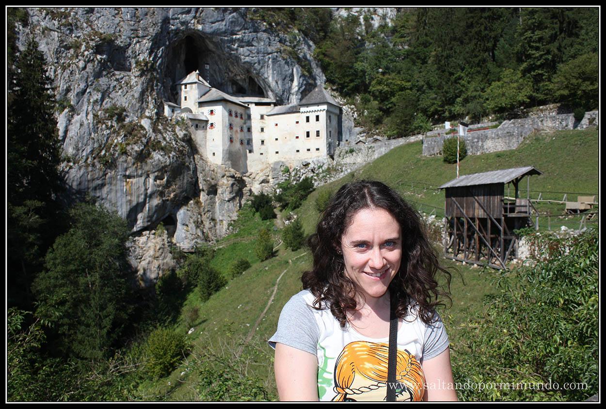 1492 - Patry y el Castillo de Predjama dom25-9
