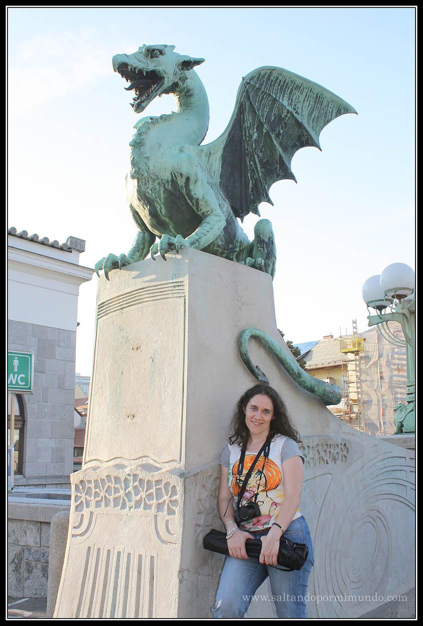 1643 - Patry y el dragón del Zmajski most de Ljubljana dom25-9