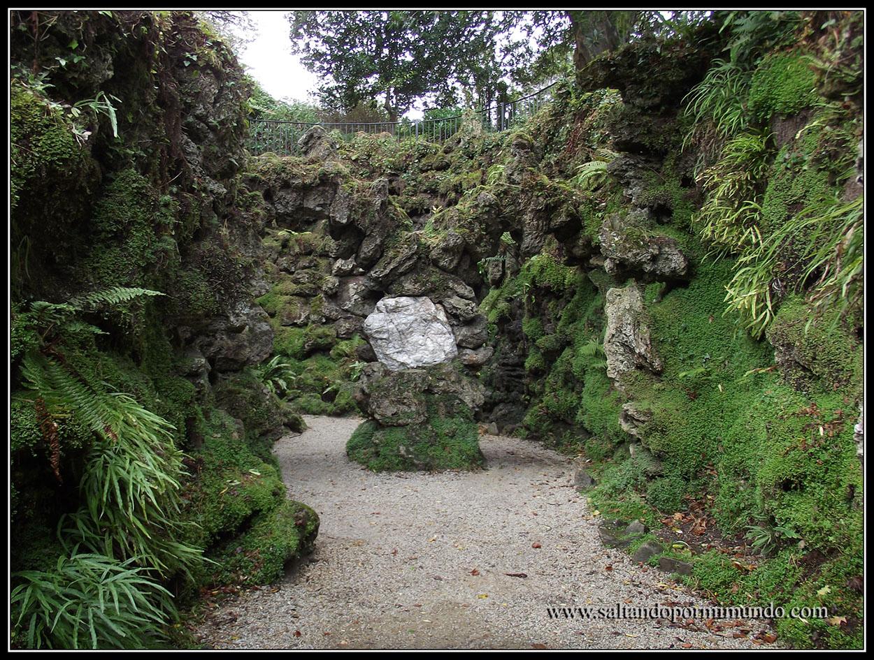 Jardínes de Powerscourt Garden. Qué ver en el condado de Wicklow, Irlanda.