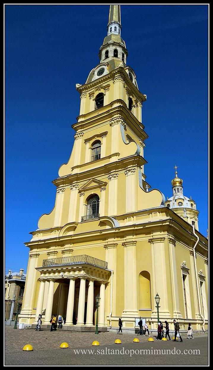 Catedral de San Pedro y San Pablo en San Petersburgo.