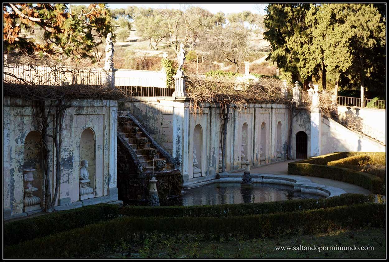 Jardines barrocos en la Quinta del Duque de Arco.