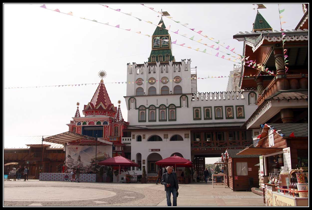 Mercado de Izmailvo.