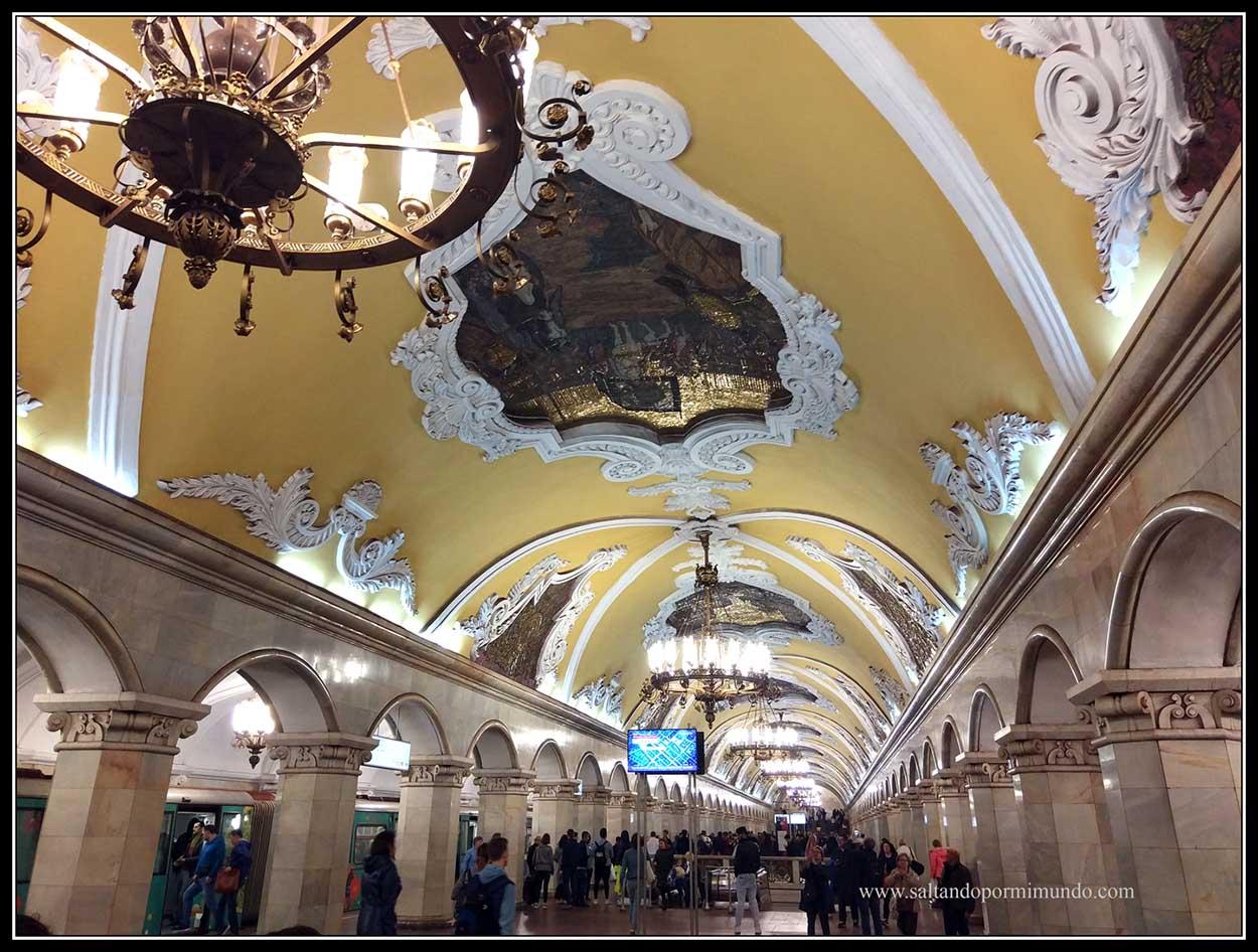 Estación de Moscú. Komsomolskaya