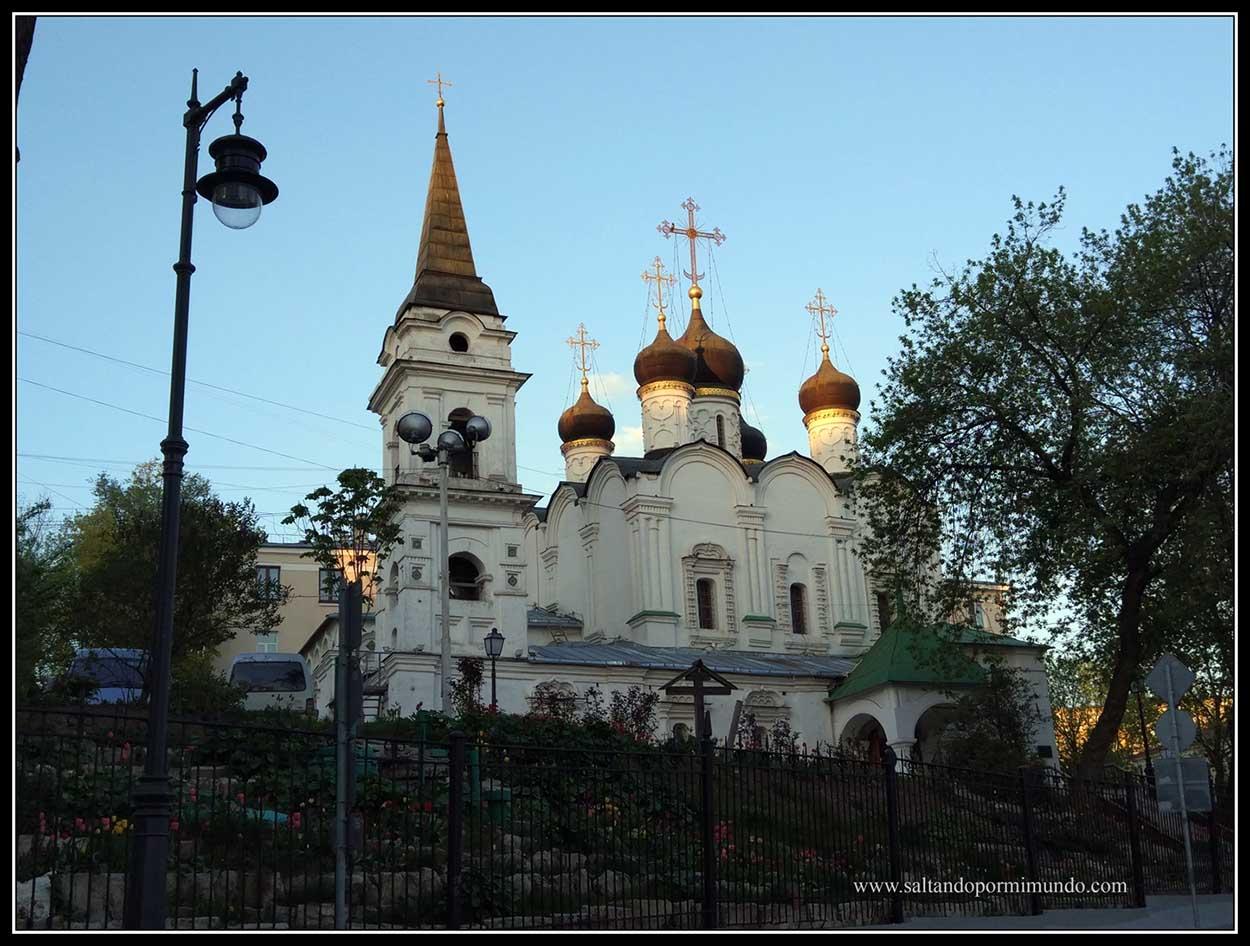 Un iglesia cualquiera en Moscú