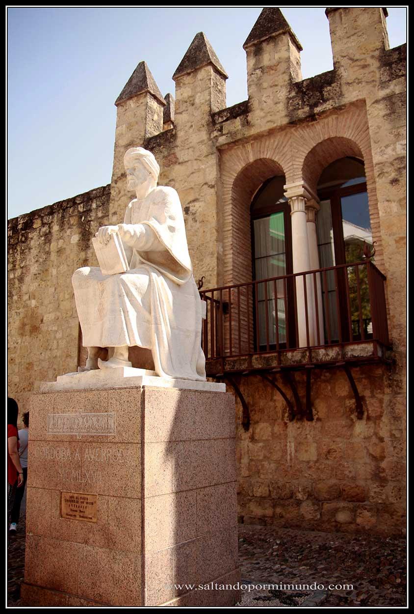 Monumento a Averroes