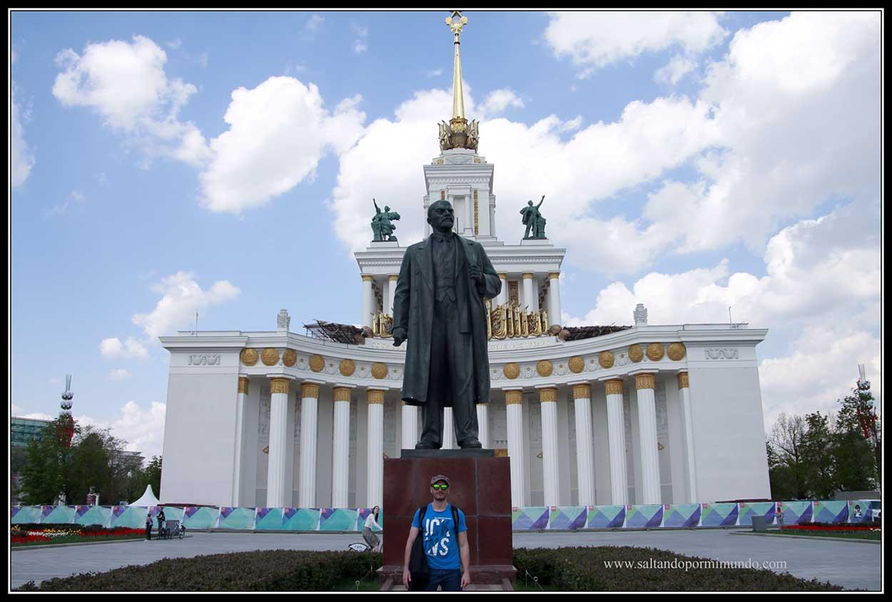 Monumento a Lenin