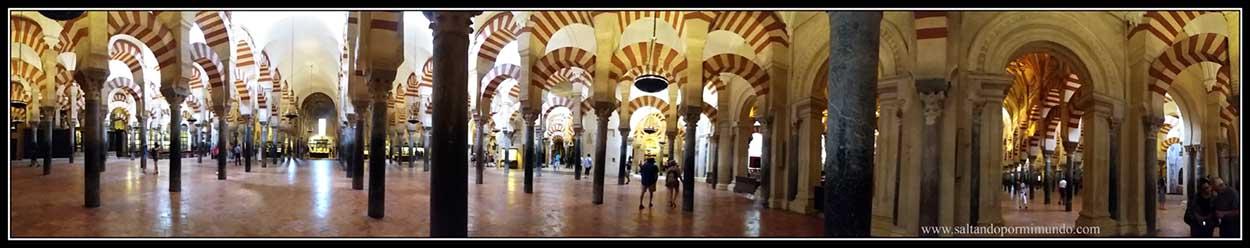 Panorámica del interior de la Mezquita de Córdoba