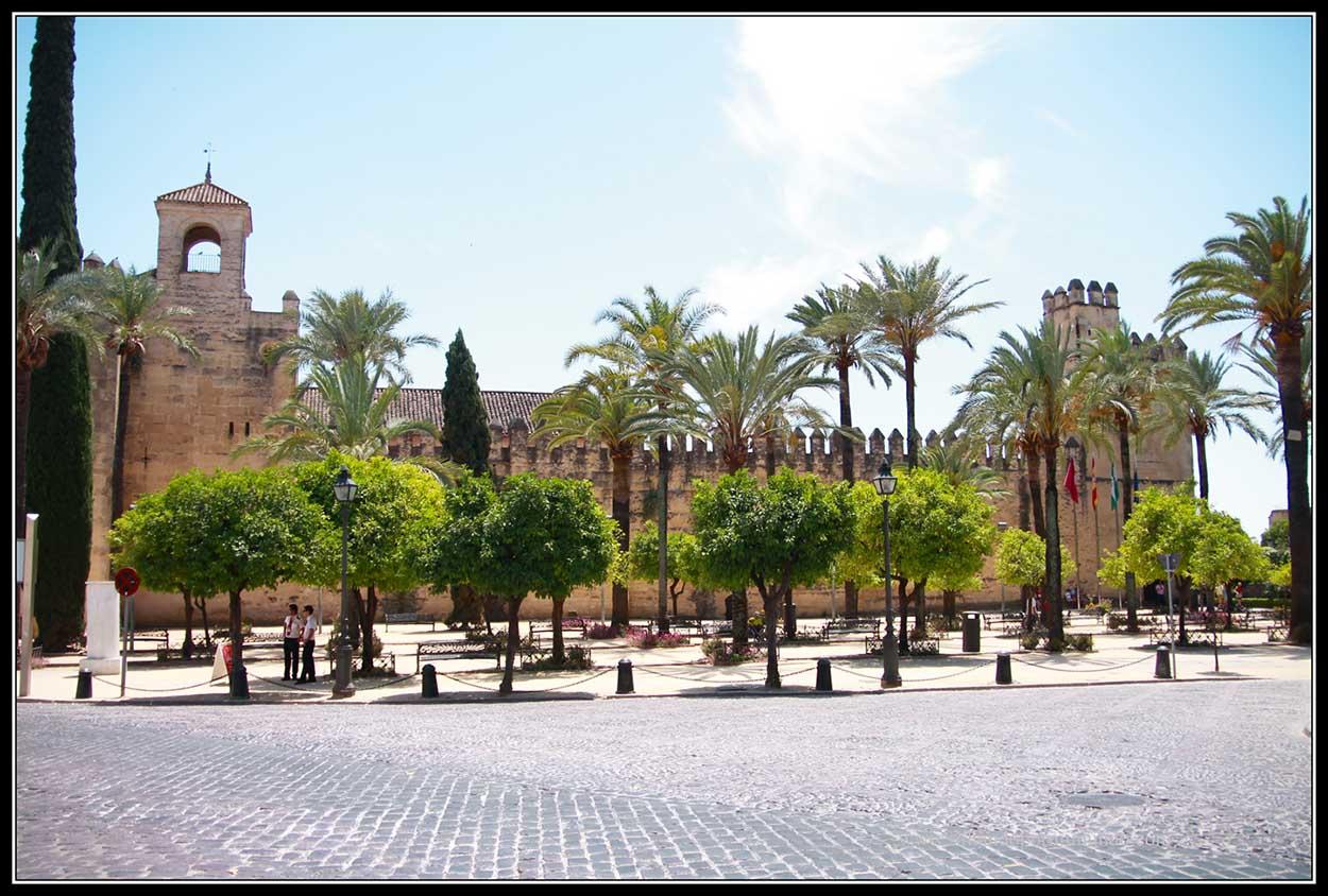 Fachada Alcázar de los Reyes Católicos
