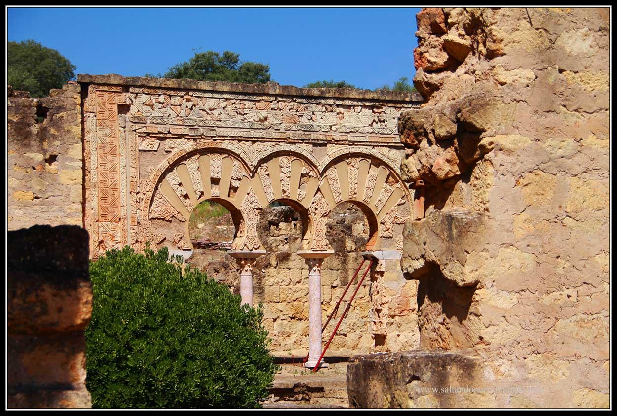 Ruinas omeyas de la ciudad de Medina Azahara