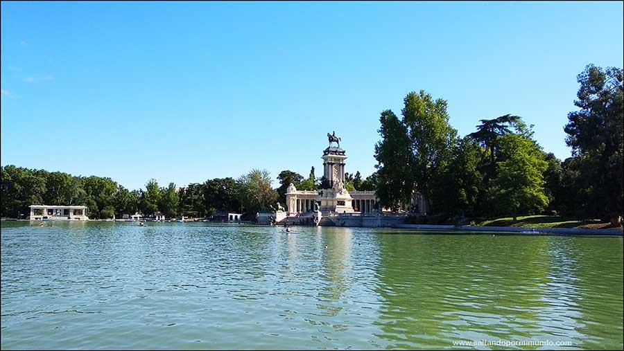 Qué ver en El Retiro, Monumento y mirador a Alfonso XII