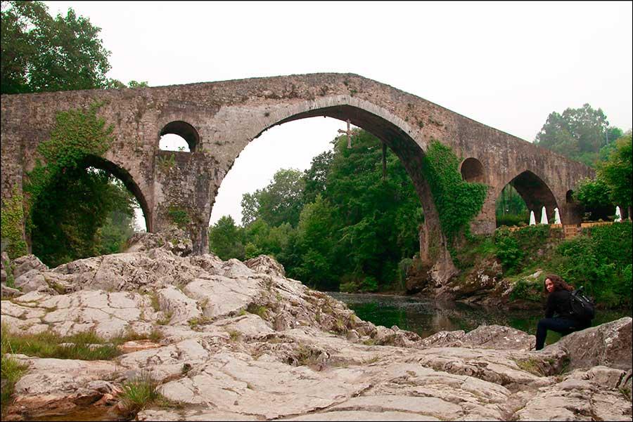 Qué hacer en Cangas de Onís. visitar el Puente romano de cangas de Onis