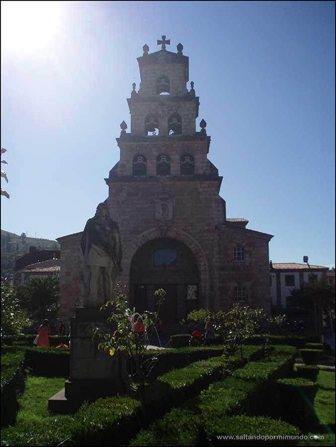 Qué ver en Cangas de Onis, Iglesia de Santa Maria