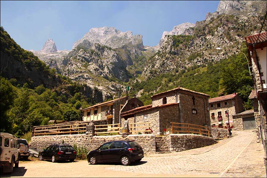 Vistas de los Picos de Europa desde Caín, en la ruta del Cares