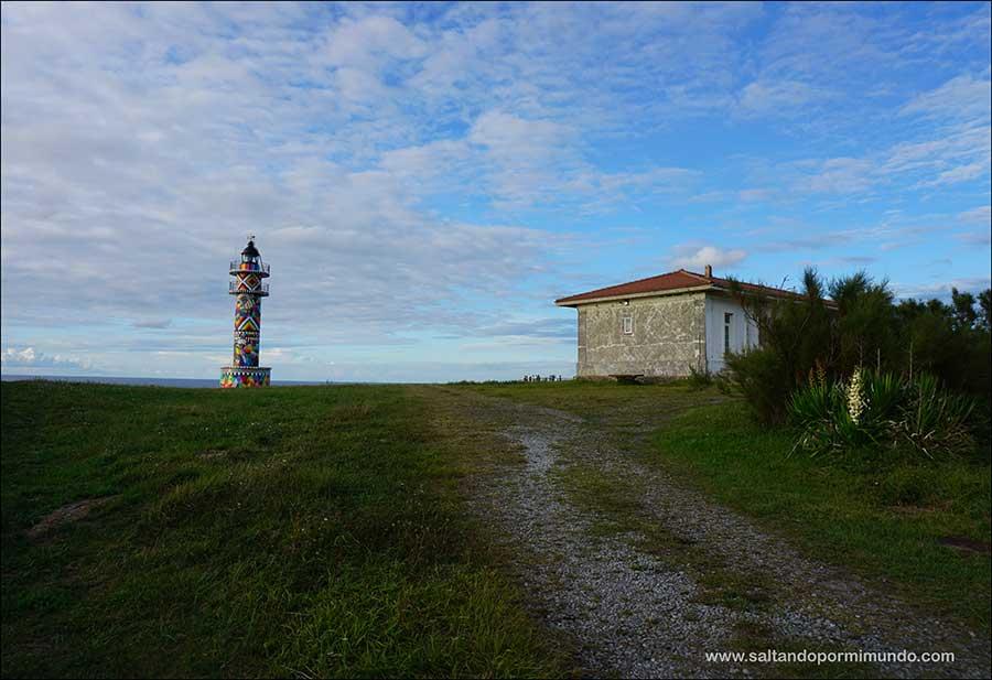 el Faro de Okuda, en Ajo, Cantabria