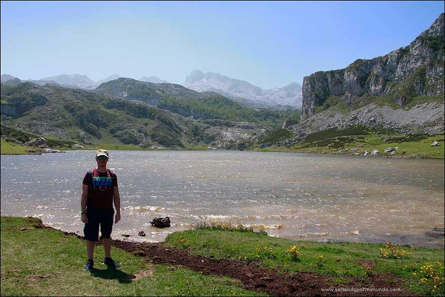 Visitar Cangas de Onis y Ruta circular por los Lagos de Covadonga