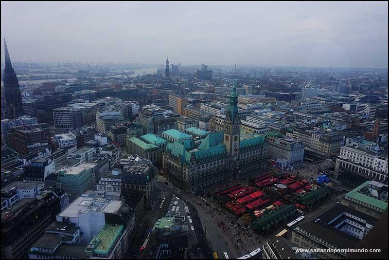Las mejores vistas de Hamburgo se encuentran en la torre de San Pedro