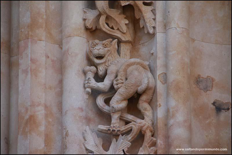 Qué ver en Salamanca en un día, el demonio comiendo un helado